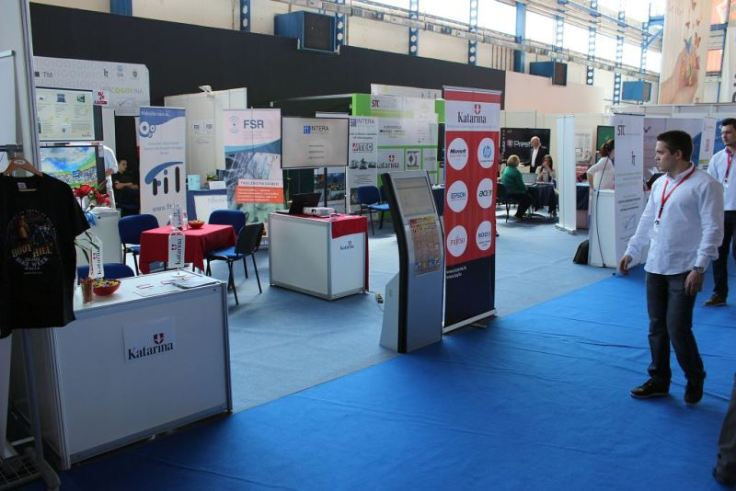 sit2014_stand4